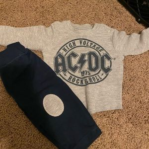 Baby boy outfit 0-3m